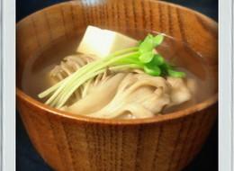 豆腐と舞茸のすまし汁