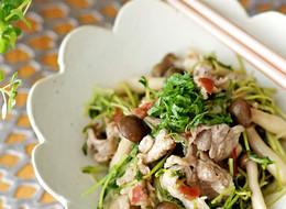 豚肉と豆苗の梅ポン炒め