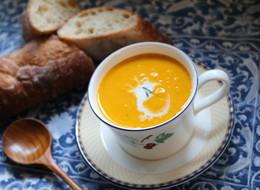 材料3つ 濃厚かぼちゃスープ