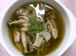 しめじと舞茸の洋風スープ