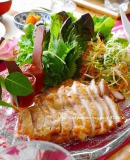 鶏肉の韓国風手巻きサラダ