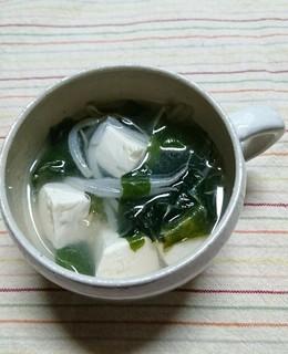 豆腐とわかめ もやしのスープ