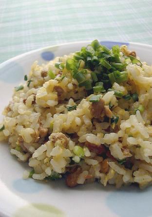 電子レンジで作る納豆炒飯
