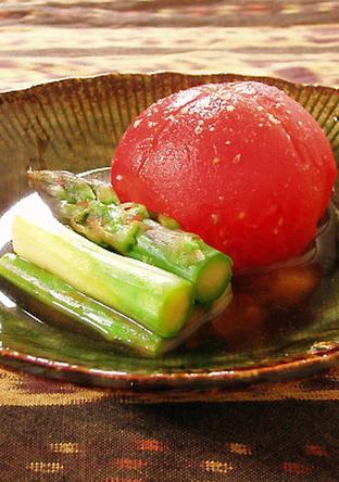 冷製 トマトとアスパラの わさび醤油だし