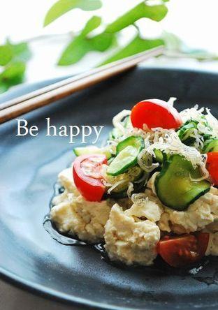 豆腐ときゅうりとちりめんのサラダ