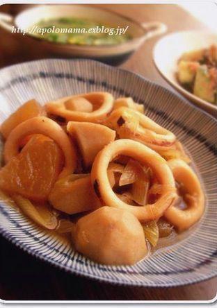 和の食卓に いかと里芋と大根のほっこり煮
