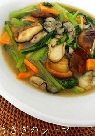 牡蠣と小松菜の中華風炒め煮