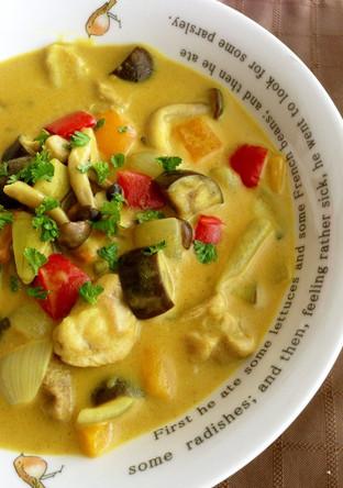 余り野菜で簡単 カレークリームスープ