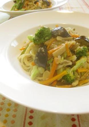華やか野菜ペペロンチーノ