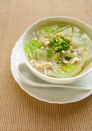 煮るだけ 鶏挽肉と白菜の春雨スープ