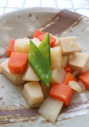 じゃがいもと高野豆腐の市松煮