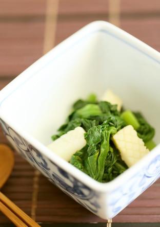 ごま風味の効いた小松菜といかの和え物