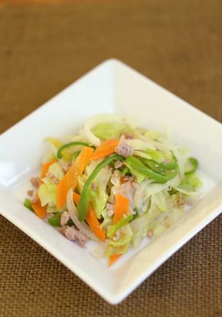 ポロポロひき肉と野菜の炒め物