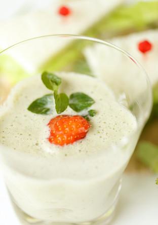 野菜も摂取 酸味の効いたスムージー