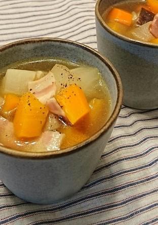 根菜ころころ和風コンソメスープ