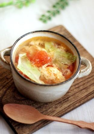 想像を超える トマトレタス卵の3色スープ