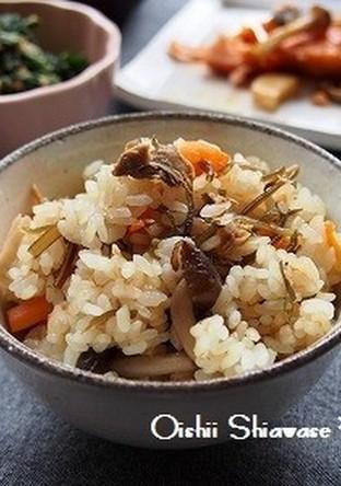 味付け不要 ツナと塩昆布の炊き込みご飯