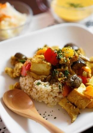 厚揚げとたっぷり野菜のドライカレー