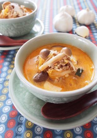 きのこたっぷりチゲ風スープ ごま風味