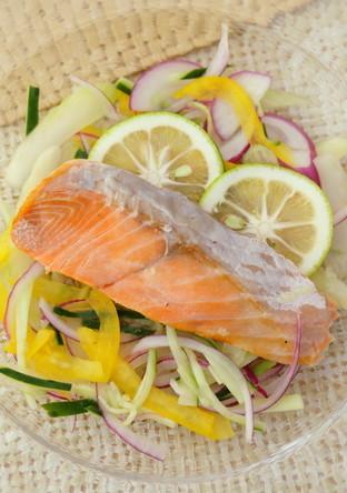 涼風・鮭と色とりどり野菜の酢漬け