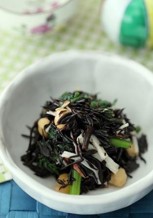 春菊とひじきのごま風味酢の物