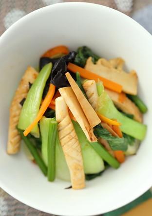 イカとお野菜の中華風ジンジャーソテー