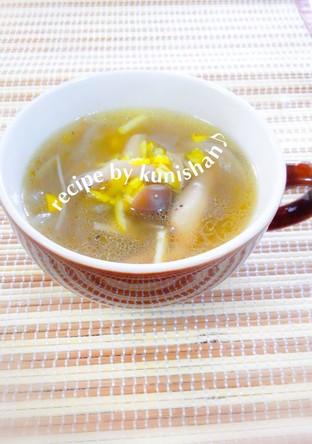 コンソメオニオンジンジャースープ