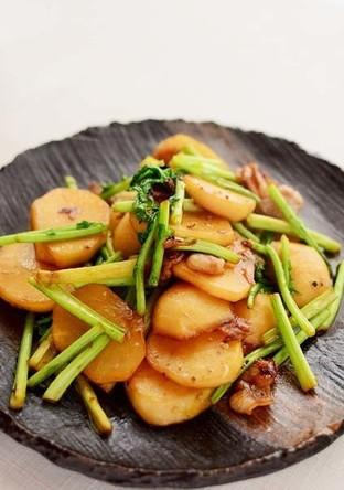 簡単 とろっとかぶと豚肉の炒め煮