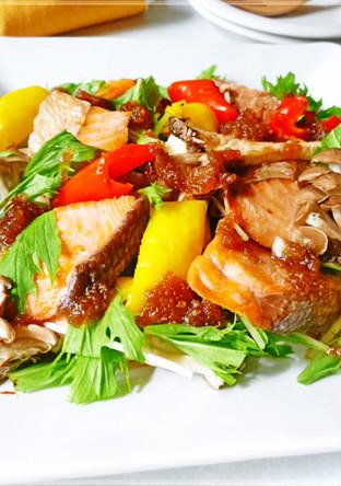 秋鮭ときのこの中華風おかずサラダ