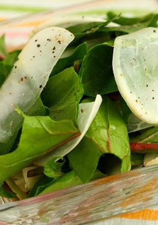 カブとサラダほうれん草のサラダ