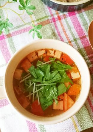 お湯を注ぐだけ トマトのコンソメスープ