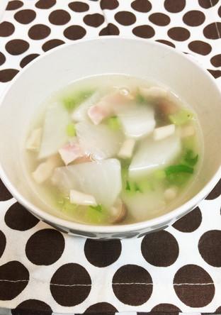 カブとベーコンのあっさりスープ