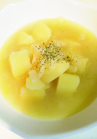 ジャガイモバターコンソメスープ