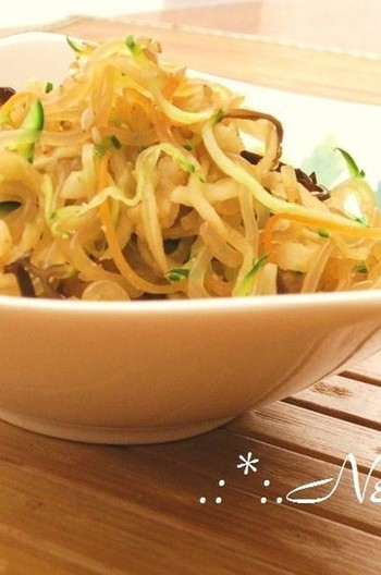 ごま香る 切干と白滝の中華風サラダ