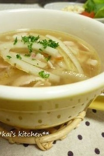 ごぼうのコンソメスープ