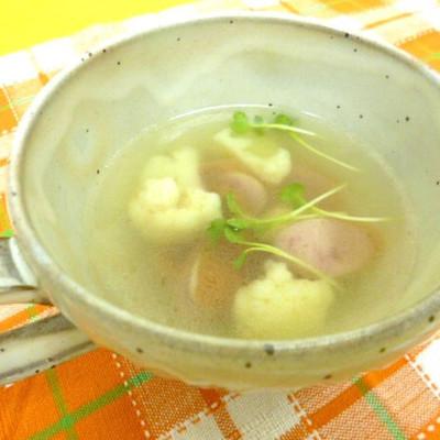ガーリック風味のコンソメスープ