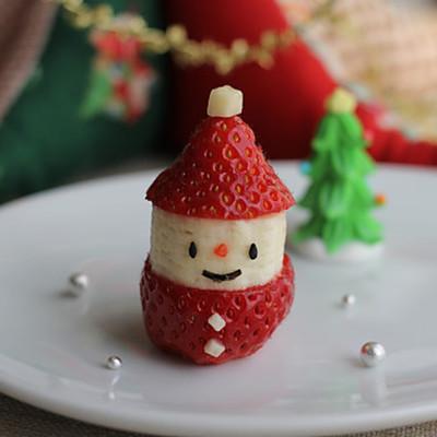 クリスマスに イチゴとバナナのサンタさん