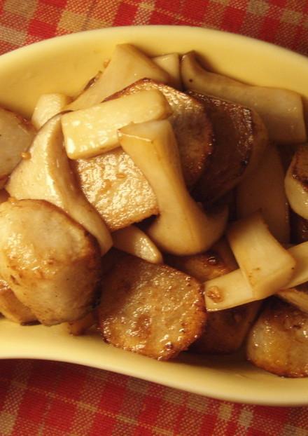 里芋とエリンギのガーリックバターしょうゆ
