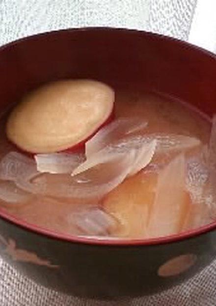 さつま芋と玉ねぎのお味噌汁
