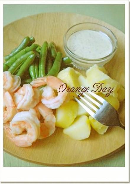 海老と温野菜のサラダ アイオリソース