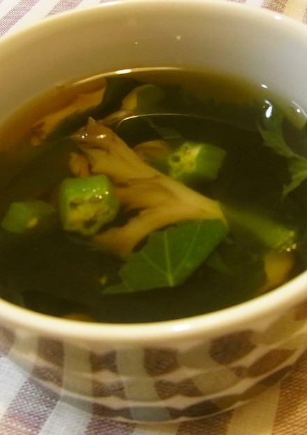 いい香り 大葉とまいたけのスープ