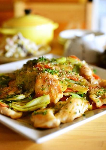 春キャベツと鶏むね肉のお好み焼き風