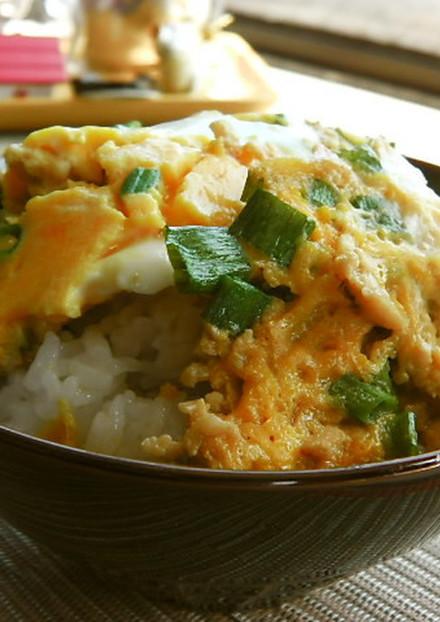 鶏ひき肉で作る簡単親子丼