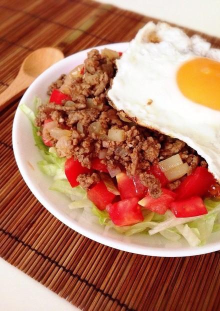 タコライス風 ひき肉とトマトのさっぱり丼