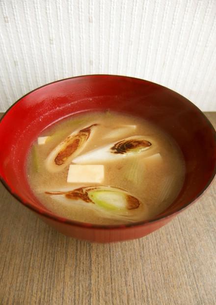 焼き葱と豆腐のコク旨お味噌汁