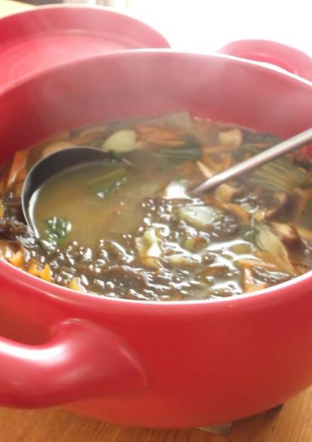 たっぷり野菜ともずくの和風カレースープ
