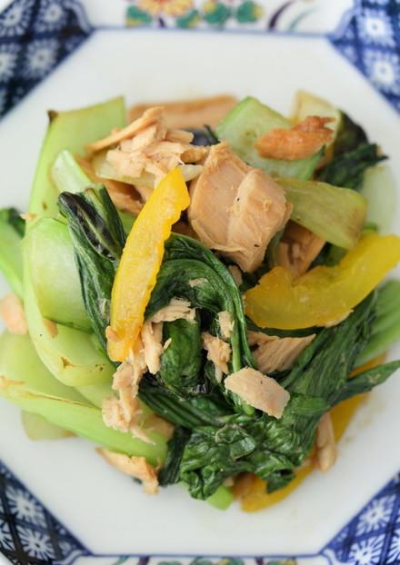 青梗菜とツナのごま風味ソイソースソテー