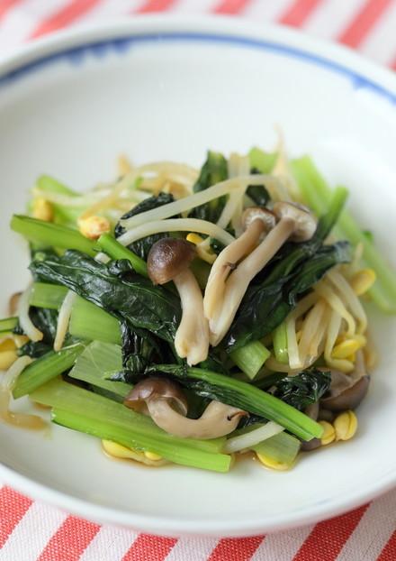 小松菜と大豆もやしのオイスターソテー