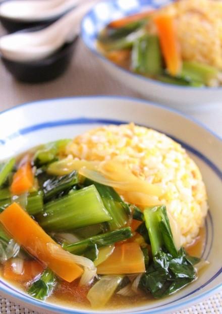 野菜あんかけのツナチャーハン風