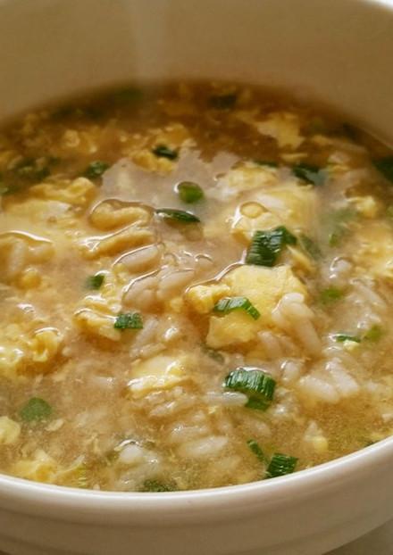 風邪に 簡単卵のシンプル雑炊